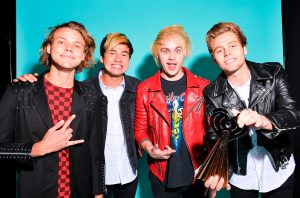 5-Seconds-of-Summer-march-2015-billboard-1548